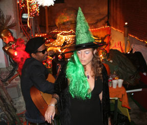 dani-ellison-swamp-witch