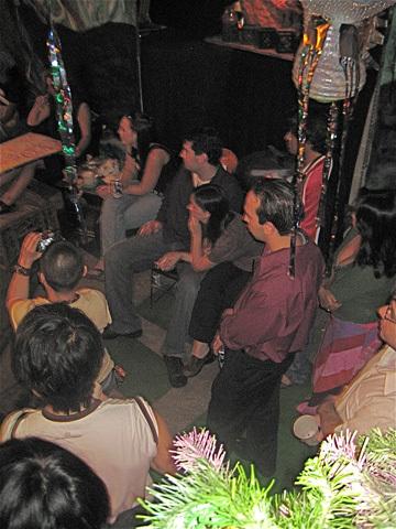 mind-f-art-performance-crowd